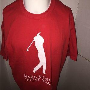 Make Sundays Great Again T-shirt Size XL
